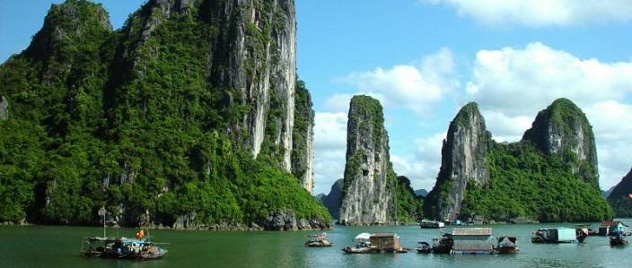 la surcharge de croisi re en baie d halong agence de voyage au vietnam voyage pas cher. Black Bedroom Furniture Sets. Home Design Ideas