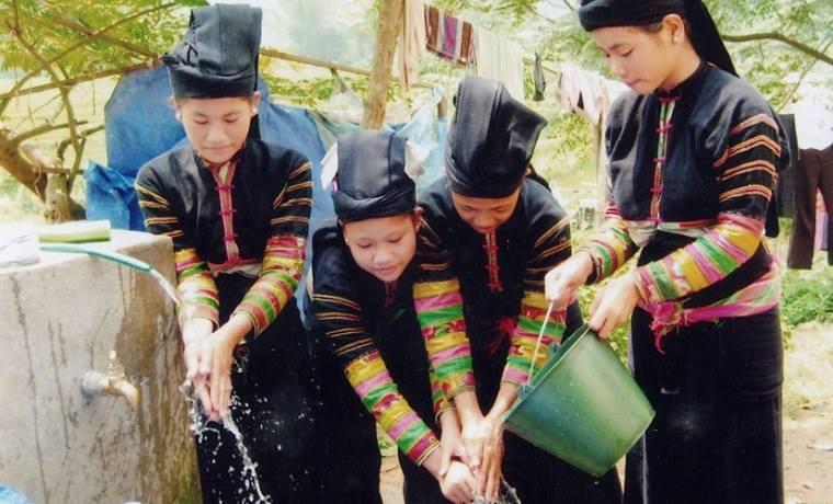Les Lolos noirs à Bao Lac