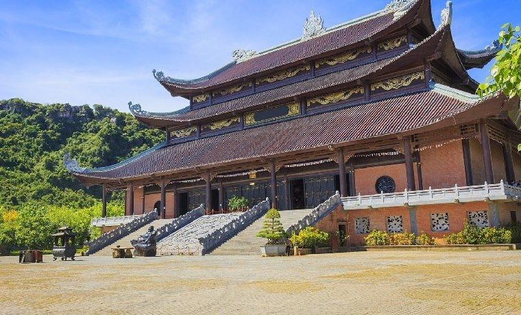 Visite pagode de Bai Dinh à Ninh Binh