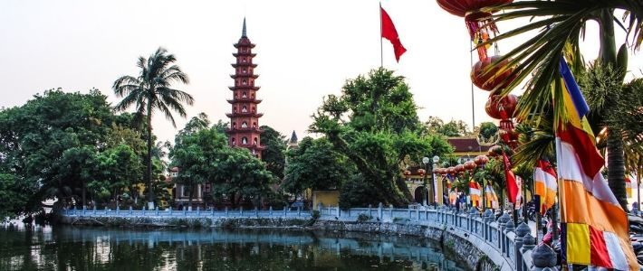 Visite pagode de Tran Quoc